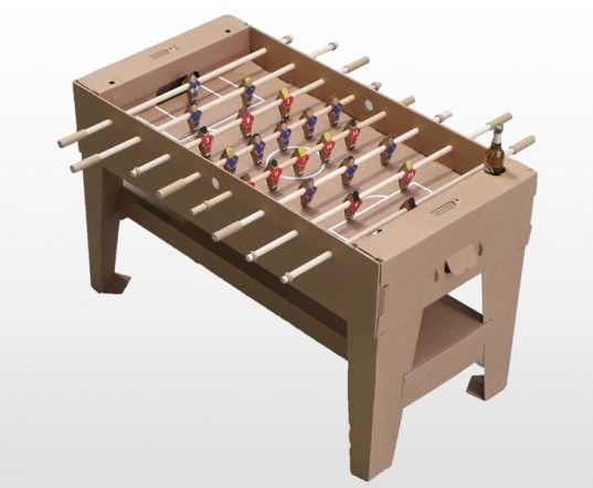 Kartoni-Carboard-Foosball-Table-Pappkicker-537x442